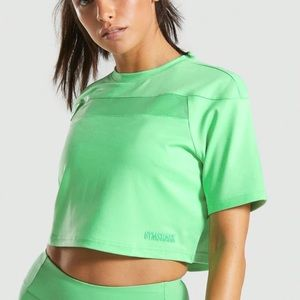 NWT Gymshark Move Crop Top in Light Green Size S